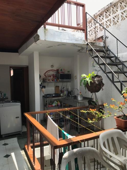Unsere Küche mit Aufgang zur Dachterasse